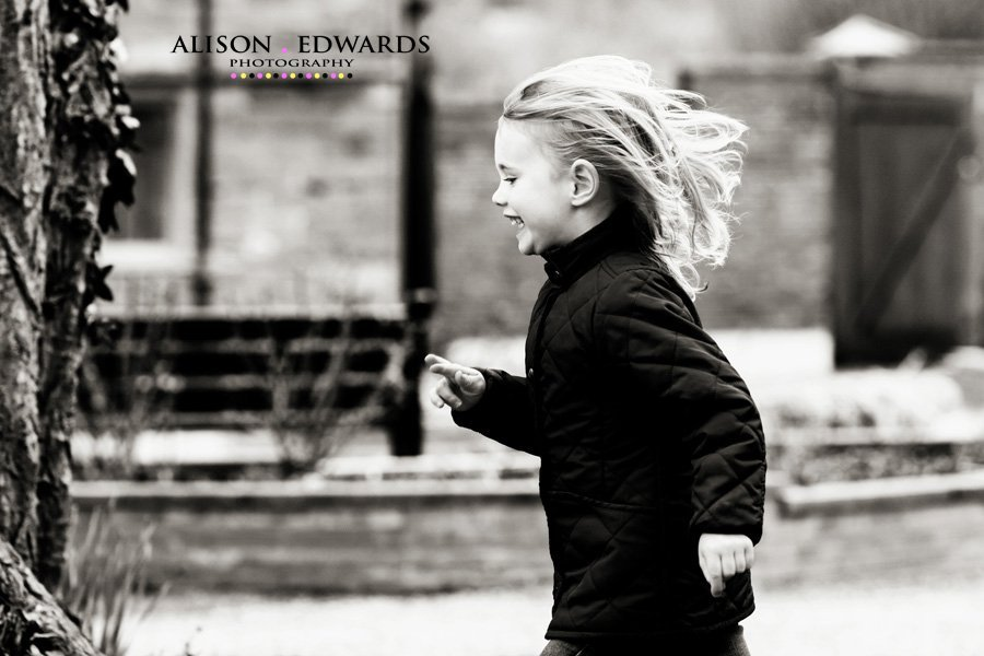 children's-portraits-nottinghamshire-rufford-park