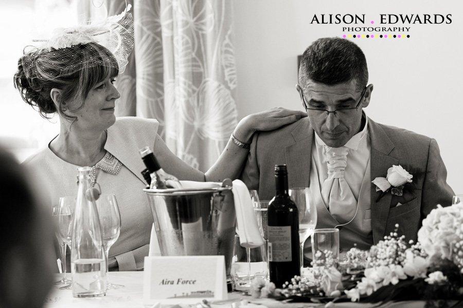 mythe-barn-wedding-photographermythe-barn-wedding-photographer