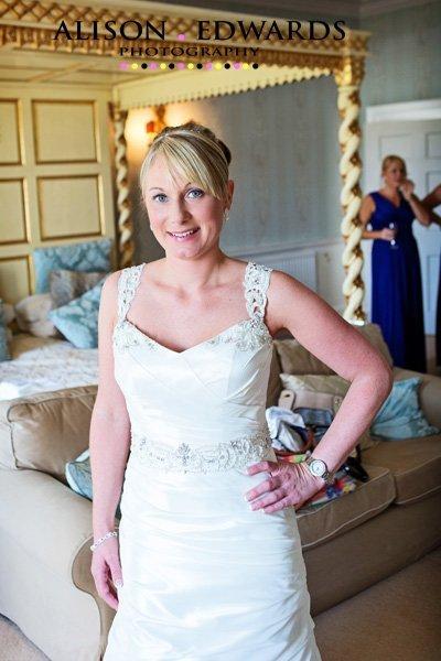 norwood-park-wedding-photographer-female