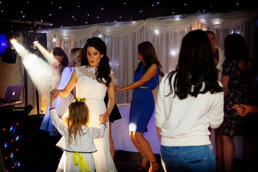 wedding dancing in marquee in Nottinghamshire